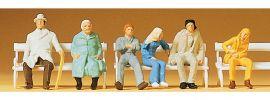 Preiser 14004 sitzende Reisende und Bänke|  6 Stück | Figuren Spur H0 online kaufen