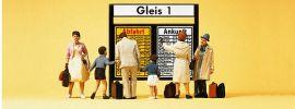Preiser 79145 Reisende vor Fahrplantafel Figuren Spur N online kaufen
