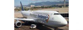 Schuco 403551642 Lufthansa Boeing 747-8 FANHANSA Siegerflieger 1:600 online kaufen