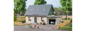 Auhagen 11454 Einfamilienhaus mit Garage | Bausatz Spur H0 kaufen