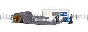 BUSCH 7868 Polizeistation  mit Segways Bausatz 1:87 kaufen