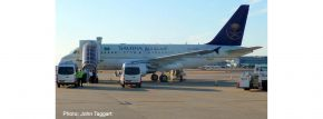 herpa 534727 Airbus A318 Saudia Royal Flight Flugzeugmodell 1:500 kaufen