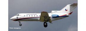 herpa 559898 Yakovlev Yak-40 Czech Air Force Flugzeugmodell 1:200 kaufen