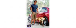 MasterBox 24049 Auto Figur Bart + Radley | Auto Zubehör Bausatz 1:24 kaufen