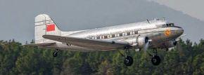 TRUMPETER 05813 Douglas DC-3 | Flugzeug Bausatz 1:48 kaufen
