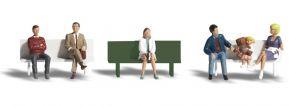 WOODLAND SCENICS WA1861 Busreisende an der Haltestelle | 7-tlg. Set | Figuren Spur H0 kaufen
