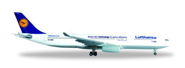herpa WINGS 514965-003 Airbus A330-300 Lufthansa Shark Skin technology Flugzeugmodell 1:500