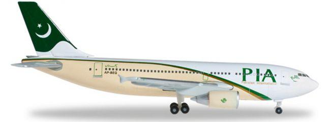 herpa 526579 A310-300 PIA Pakistan International | WINGS 1:500