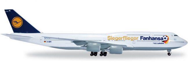 herpa 527187 Lufthansa Boeing 747-8 Siegerflieger FANHANSA WINGS 1:500