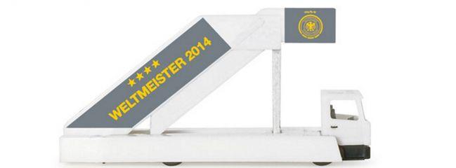 ausverkauft | herpa 556910 Passenger Stairs | Fluggasttreppe Siegerflieger Weltmeister 2014 | 1:200