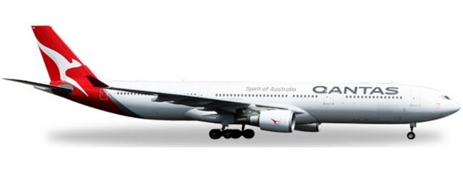 herpa 558532 A330-300 Qantas 2016 colors | WINGS 1:200