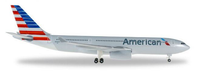 herpa 529648 Airbus A330-200 American Airlines Flugzeugmodell 1:500