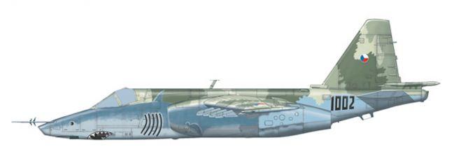 herpa 82MLCZ7205 Sukhoi SU-25K Frogfoot Czech Air Force 32nd zTL Pardubice CZ Flugzeugmodell 1:72