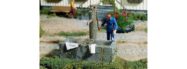POLA 333212 Pumpbrunnen mit Wassertrog Bausatz Spur G