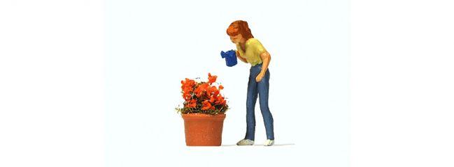 Preiser 28103 Beim Blumengiessen Fertigmodell 1:87