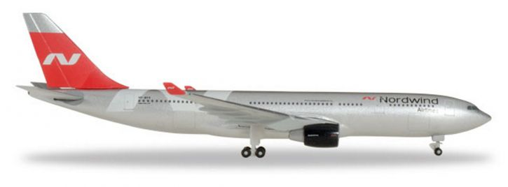 herpa 531771 Airbus A330-200 Nordwind Airlines Flugzeugmodell 1:500
