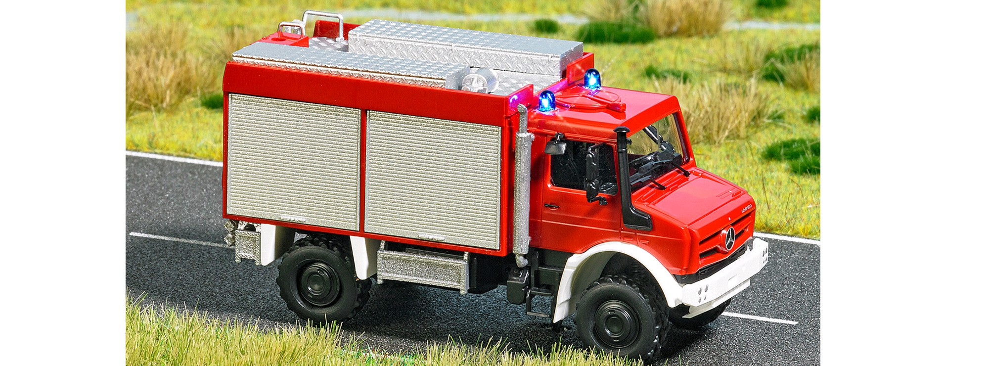 Busch 5599 H0 LKW Unimog U 5023 Feuerwehr
