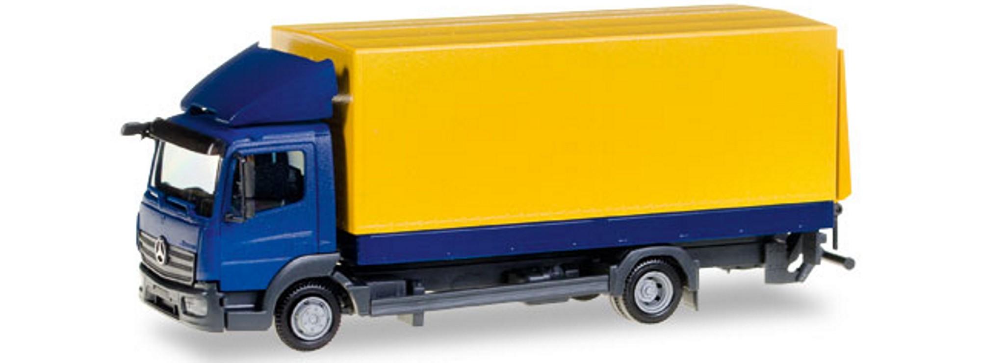 Herpa LKW MB Atego Planen-LKW blau-gelb 307420